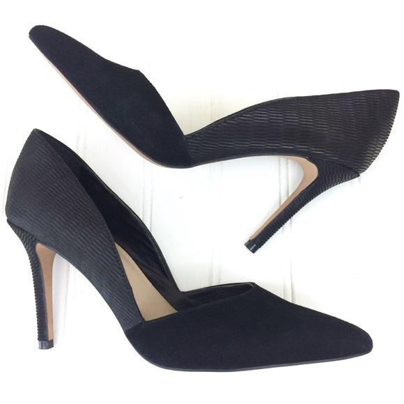 bdf311d4153 Vince Camuto black leather Airmosah pumps heels. M 5c60af58534ef9915ed0e674